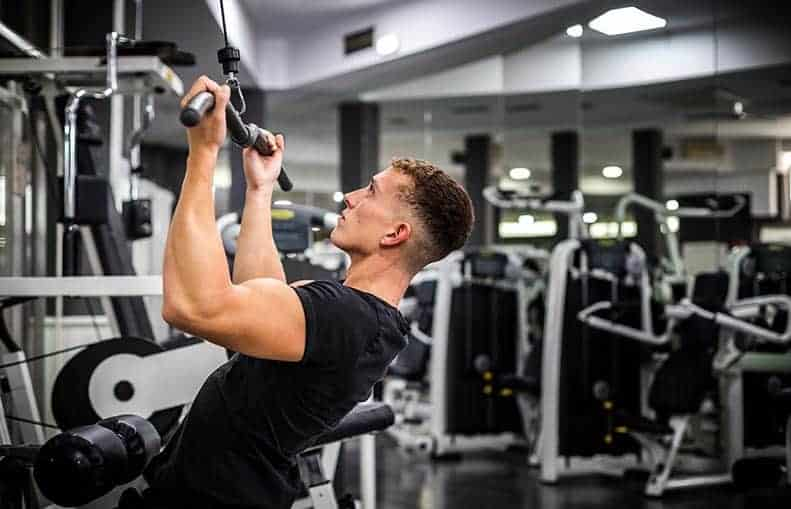 Parallelo Health - your source for health, workouts, food, supplements and more - blog - Bro science – The Bro split vs Push-Pull-Legs - lat pulldown