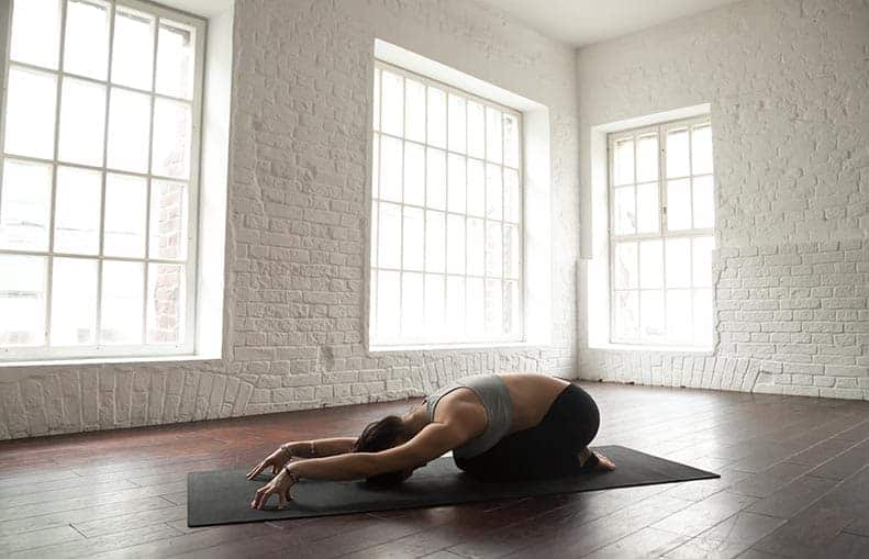 Parallelo Health - your source for health, workouts, food, supplements and more - blog - Bedtime Yoga - The 6 Best Poses So You Can Sleep Better - child pose