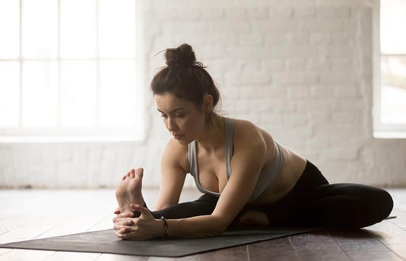 Parallelo Health - your source for health, workouts, food, supplements and more - blog - Bedtime Yoga - The 6 Best Poses So You Can Sleep Better - head to knee pose