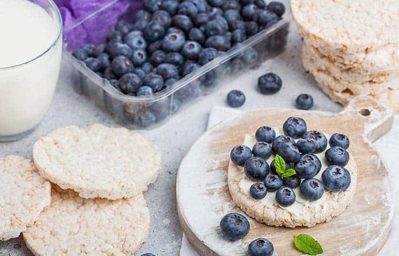 Parallelo Health - your source for health, workouts, food, supplements and more - blog - 10 Healthy Snacks That Keep You Slim - Blueberry Rice Waffles