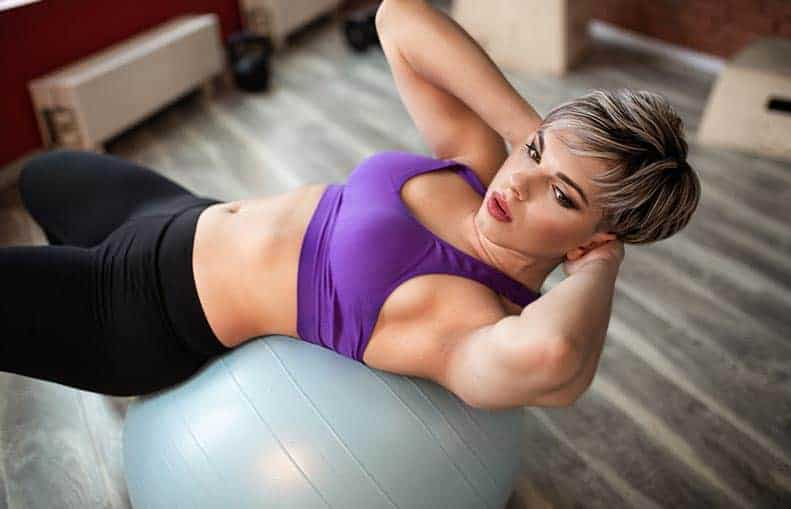 Parallelo Health - your source for health, workouts, food, supplements and more - blog - Exercise Ball Workout For Strength and Stability - Exercise Ball crunches