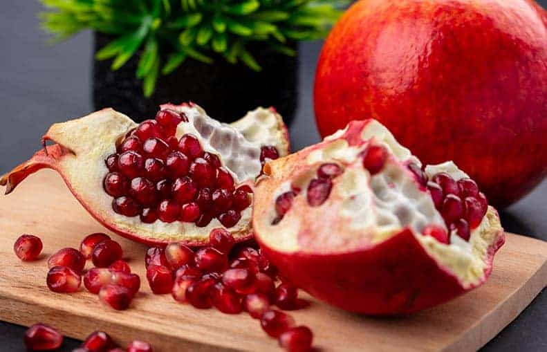Parallelo Health - your source for health, workouts, food, supplements and more - blog - Good, Wholesome Food Series - Foods That Heal - Pomegranates