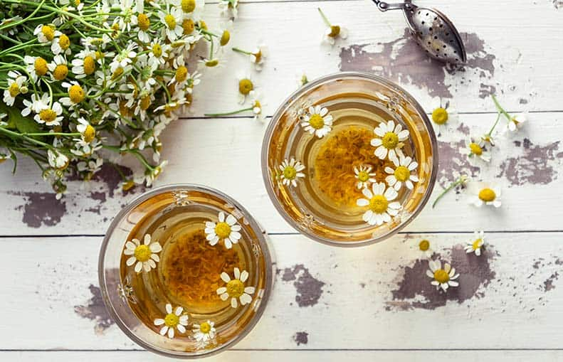 Parallelo Health - your source for health, workouts, food, supplements and more - blog - Your Stress-Busting Diet – Foods that Fight Stress - chamomile tea
